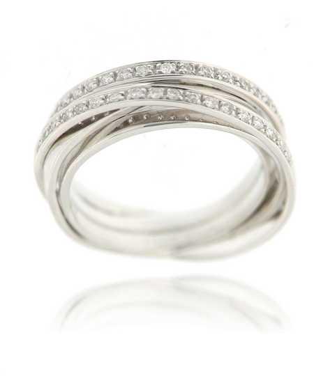 Witgouden ring met 3 rijen pave diamant