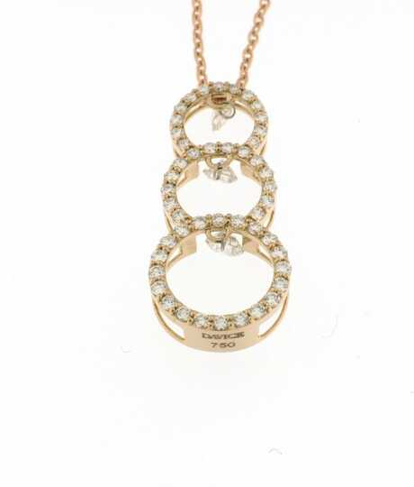 Halsketting roze goud 3 cirkels 0.72 ct briljanten